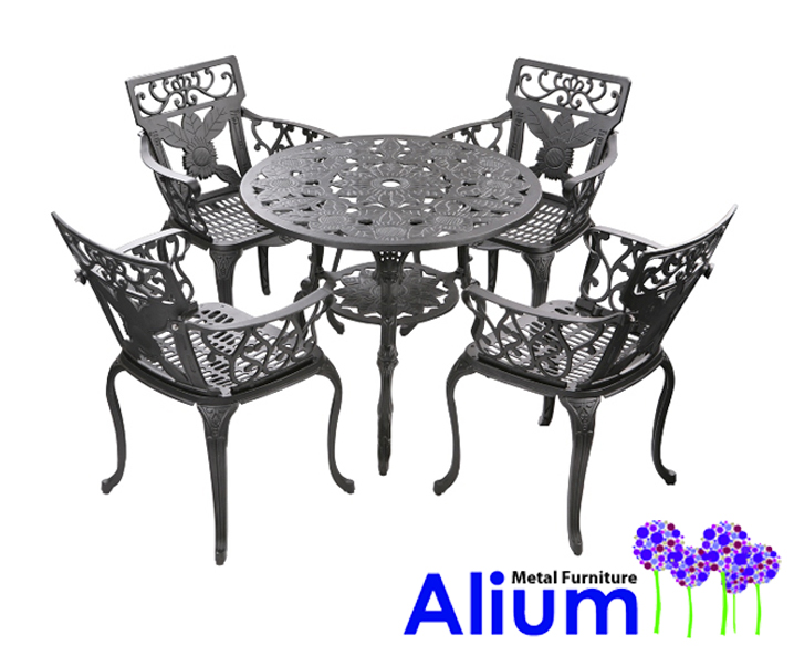 Ensemble Meubles De Jardin Versailles Noir En Fonte Du0026#39;Aluminium Table Ronde Et 4 Chaises 44999u20ac