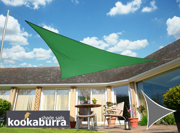 Voile d'Ombrage Vert Triangle 3,6m - Imperm�able - 160g/m2 - Kookaburra
