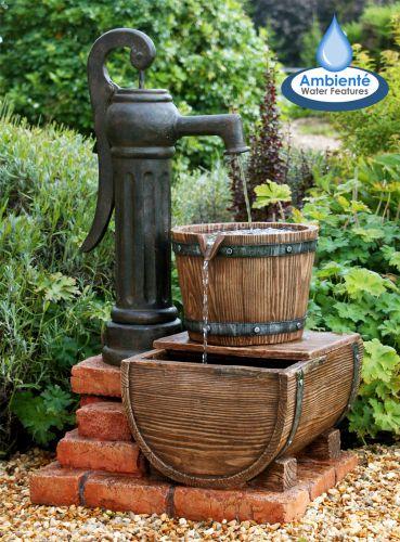 Fontaine d 39 ext rieur pompe et sceau en bois lumi re 209 99 for Pompe fontaine exterieur