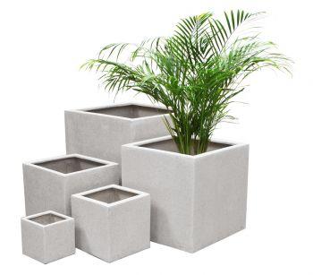 Cache pots poly terrazzo cubes blancs jumbo 63cm 235 - Maceteros de resina ...