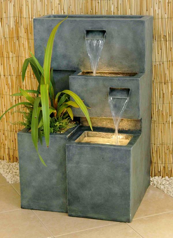 fontaine d 39 ext rieur cascade jardini re avec lumi res 249 99. Black Bedroom Furniture Sets. Home Design Ideas