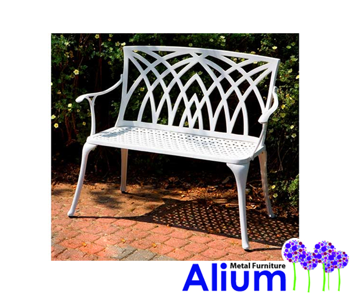 banc de jardin kennedy blanc en fonte d 39 aluminium 139 99. Black Bedroom Furniture Sets. Home Design Ideas