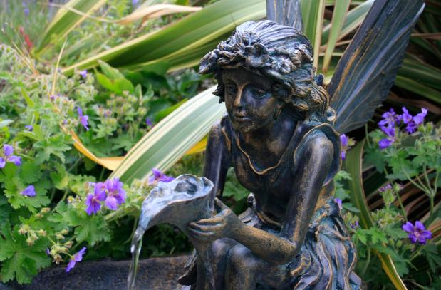 Fontaine De Jardin Solaire Fee Sur Coquillage Eclairage Led 254 99