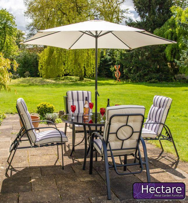 Salon de Jardin Hadleigh Rond 4 Chaises Inclinables En Noir par Hectare™
