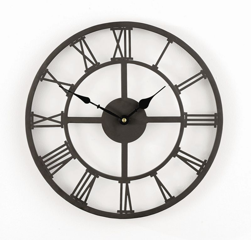 horloge en fer avec chiffres romains 34cm 44 99. Black Bedroom Furniture Sets. Home Design Ideas