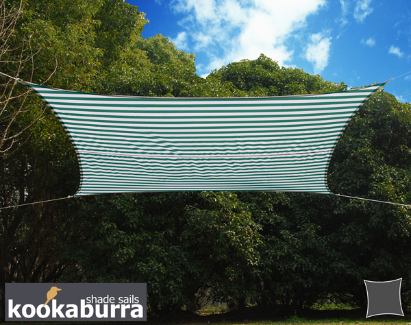 Voile d'Ombrage Verte Et Blanche Rectangle 4x3m - Imperméable - 160g/m2 - Kookaburra®