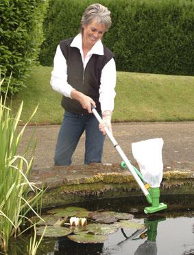 Aspirateur de bassin pondvac 28 99 - Aspirateur bassin de jardin ...