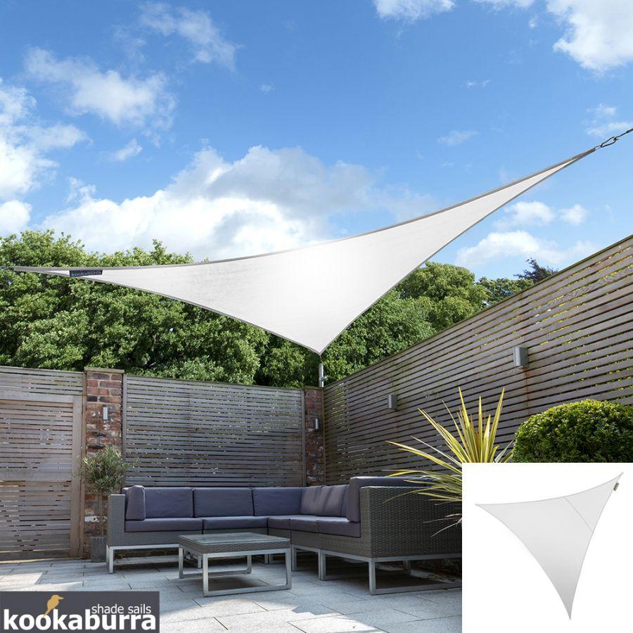 voile d 39 ombrage blanc polaire triangle 2m ajour e 185g. Black Bedroom Furniture Sets. Home Design Ideas