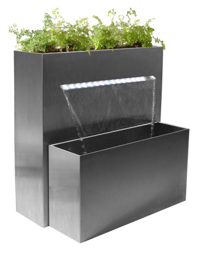 haute cascade jardini re rectangulaire avec clairage. Black Bedroom Furniture Sets. Home Design Ideas