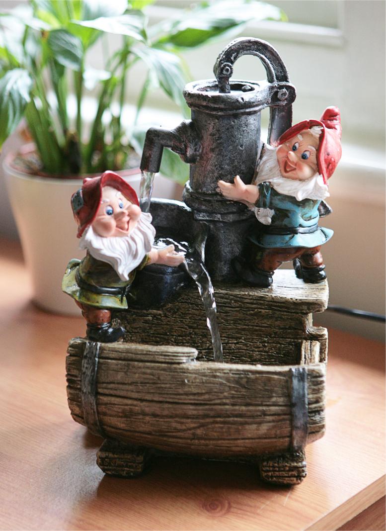 Fontaine DIntrieur Nains De Jardin Et Tonneau  clairage Led